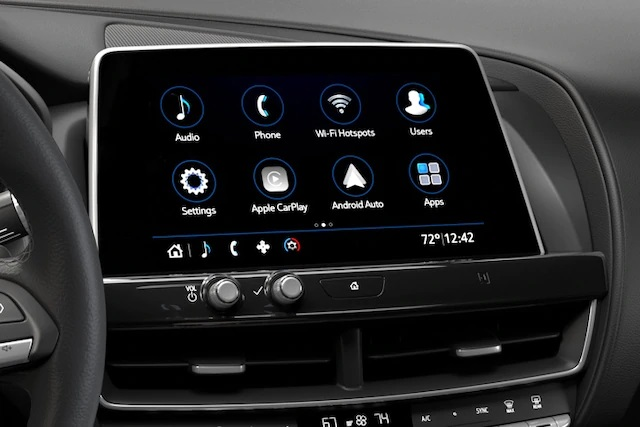 ADVANCED CADILLAC USER EXPERIENCE