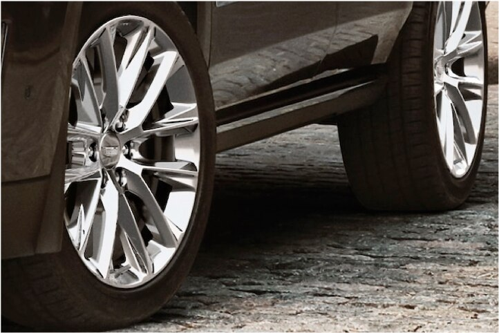 22-INCH POLISHED ALLOY WHEELS